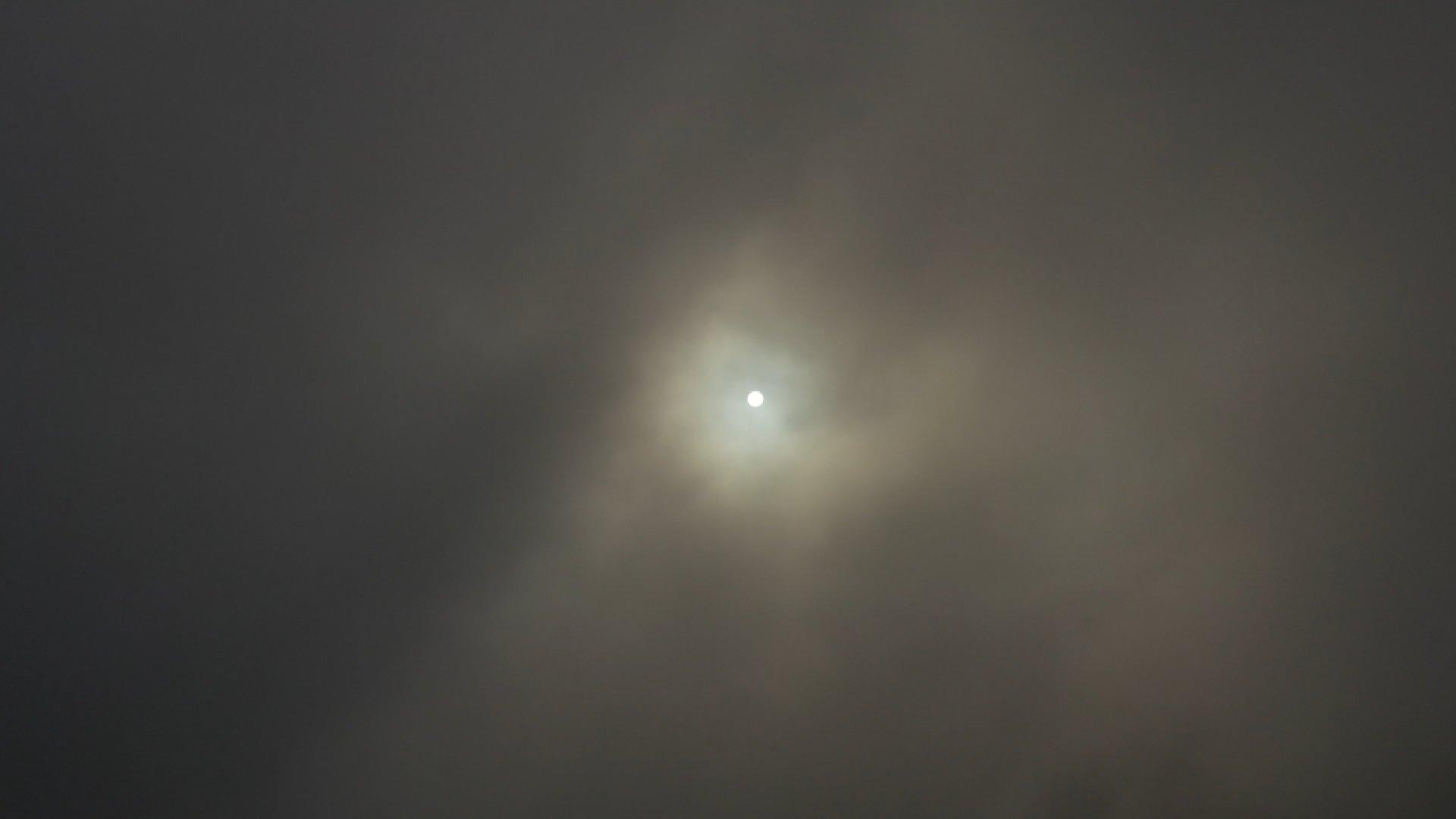 Sole Nebbioso